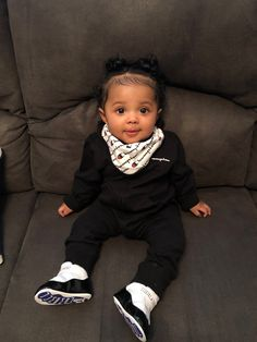 old ❤️Heiress Janae❤️mom Hispanic dad African American Cute Mixed Babies, Cute Black Babies, Beautiful Black Babies, Adorable Babies, Beautiful Dolls, Cute Kids Fashion, Baby Girl Fashion, Toddler Fashion, Cute Little Girls Outfits
