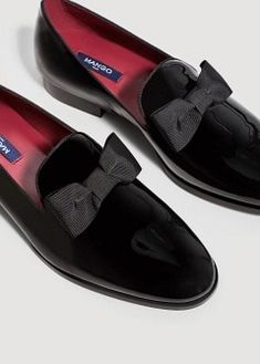 $139.99 Bow leather slippers   MANGO MAN - affiliate - Patent leather bow loafers in black