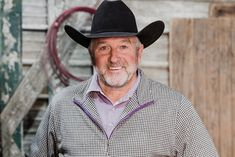 Having worn many hats during his professional career, Jeff Medders gears up for rodeo's Super Bowl as the TV voice of the Wrangler National Finals Rodeo. National Finals Rodeo, School Sports, Super Bowl, Cowboy Hats, Gears, Writer, Career, Athletic, Magazine