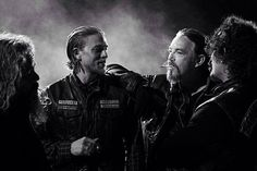 Bobby, Jax, Chibs and Tig - Sons of Anarchy season 7 cast photo Tommy Flanagan, Serie Sons Of Anarchy, Sons Of Anarchy Samcro, Sons Of Anarchy Motorcycles, Charlie Hunnam Soa, Jax Teller, Thing 1, Season 7, Best Tv Shows