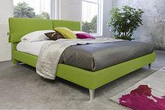Rio egy modern, fiatalos stílusú franciaágy. 100% olasz design, 100% olasz alapanyagok. Puha párnázott háttámlával és ágykerettel. Elérhető textilbőr és kárpit huzattal. Az ágy mérete: 178sz x 216mé x 92ma cm. Az ár tartalmazza az ágyrácsot, de a matracot nem. A matrac lehetséges mérete: 160x200 cm. Rimmel, Modern, Furniture, Home Decor, Trendy Tree, Decoration Home, Room Decor, Home Furnishings, Home Interior Design