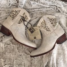 HP  Frye Deborah Gray White Studded Boots 7 Never worn.  Amazing. Box and tags included. Frye Shoes