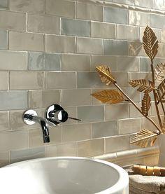 Chic Craquele™ Medium White Tile