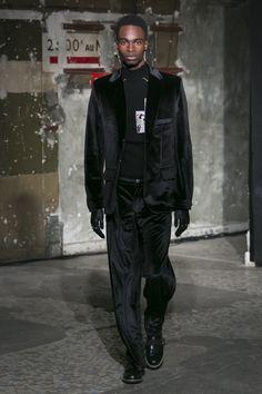 Look 17 FW1617 #neithnyer #hauntedseason #fashion #theonetowatch