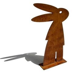 Peter Mclisky bunny sculpture