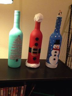 Christmas wine bottle decor by chachonia