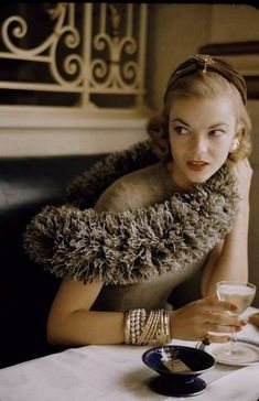 Jean Patchett in a 1952 fashion photo by Nina Leen for LIFE magazine