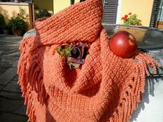 Pure Merino Wool shawl hand-woven MADDER. Natural dyeing with madder root.