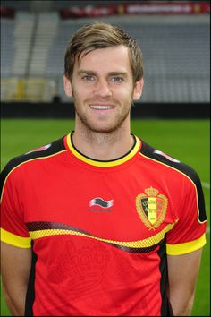Nicolas Lombaerts Belgium National Football Team, National Football Teams, Top Soccer, World Cup 2014, One Team, Soccer Players, Polo Ralph Lauren, Sports, Mens Tops