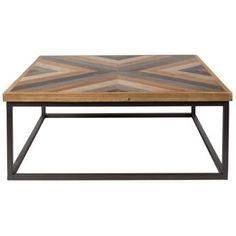 Moderní konferenční stolek Joy s deskou z MDF pokrytou jedlovými lamelami.