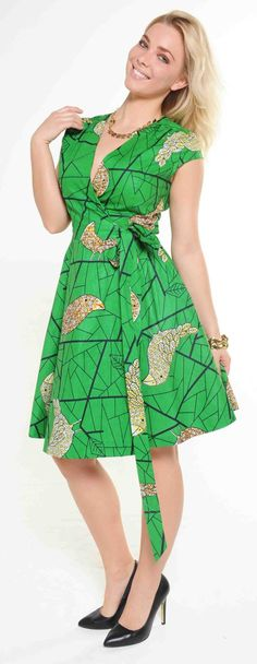 African Fashion Is Hot – Best Puzzles, Games, Ideas & African Dresses For Women, African Print Dresses, African Print Fashion, African Wear, African Fashion Dresses, African Women, Ankara Clothing, Turquoise Fashion, African Models