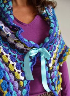 Hooks and more: Pattern crochet shawl Scheepjeswol - Love this and pattern now available!