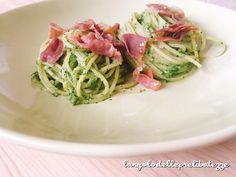 Spaghetti verdi, con crudo semicroccante