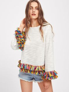To find out about the Colorful Fringe Trim Slub Tee at SHEIN, part of our latest T-Shirts ready to shop online today! Fringe Shirt, Mode Jeans, Mode Boho, T Shirt Photo, Fringe Trim, Diy Clothing, Refashion, Diy Fashion, Fashion Clothes