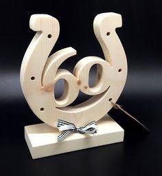 Originelle Geschenke und persönliche Geburtstagsgeschenke! Zirben Holz Herz mit Namen als ausgefallene Geschenkideen zum Geburtstag!