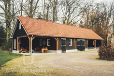 Garage Guest House, Oak Frame House, Building A New Home, Garage Workshop, Wooden House, Curb Appeal, House Plans, New Homes, Home And Garden
