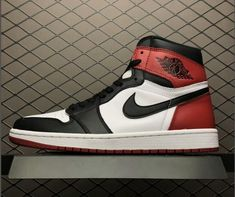 2361fd0eb72c It s been over 3 years since the Air Jordan 1 Black Toe last released at  retailers