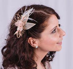"""Haarschmuck Braut ,,Noble 3B""""  Diese wunderschöne Kollektion haben wir für dich gemacht, du als Braut wirst wunderschön und edel aussehen und dieses Jahr sind aufwendige Frisuren voll im..."""