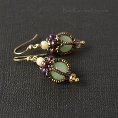 Items similar to Victorian Beadwoven earrings on Etsy - These earrings are part of Victorian jewelry collection, which is inspired by vintage post cards an - Seed Bead Jewelry, Bead Jewellery, Seed Bead Earrings, Women's Earrings, Seed Beads, Oxidised Jewellery, Jewellery Shops, Lila Gold, Handmade Jewelry