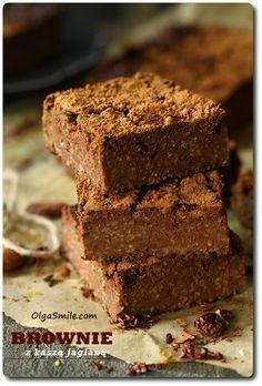 Brownie z kaszą jaglaną i masłem orzechowym Baby Food Recipes, Cake Recipes, Cooking Recipes, Healthy Cake, Healthy Sweets, Brownies, Foods With Gluten, Food Cakes, Delish