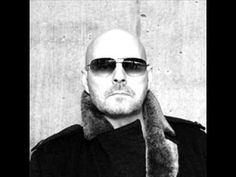 Bubbi Morthens was born the year 1956 in Reykjavík. He is an Icelandic singer and songwriter and is one of the bestselling Icelandic musicians of all time, Besides a lengthy solo career, he has been a member of numerous Icelandic bands. Bubbi's music style are: Rock, blues and reggie.