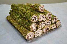 File Antep Kaplı Çikolatalı Lokum www.sugarworld.com.tr #lokum #dönerlokum #turkishdelight #sugarworld #çikolatalılokum #antepfıstıklılokum #sarmalokum Gift Wrapping, Gifts, Weapon, Gift Wrapping Paper, Presents, Wrapping Gifts, Favors, Gift Packaging, Gift
