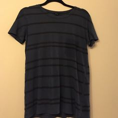 Theory washed cotton striped T Theory washed cotton striped T. This style is purposefully made to look lived in. Black stripes and dark blue background. In EUC. Size small. super soft cotton. Cheaper on Ⓜ️ e r c a r i Theory Tops Tees - Short Sleeve