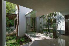 Aldea House. Location: La Ceiba, Mérida, Yucatan, Mexico; firm: Seijo Peon Arquitectos y Asociados; year: 2012