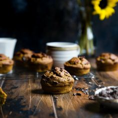 Healthy Blueberry and Banana Choc Chip Muffin Recipe Choc Chip Muffins Recipe, Chocolate Chip Muffins, Granola, Healthy Banana Muffins, Fettuccine Alfredo, Recipe Mix, Delicious Chocolate, Learn To Cook, Muffin Recipes