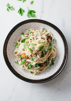 Vegan Spaghetti Carbonara with mushroom bacon
