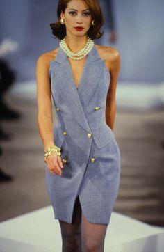 Beauty And Fashion 2000s Fashion, High Fashion, Fashion Show, Fashion Looks, Fashion Outfits, Fashion Design, Couture Fashion, Runway Fashion, Fashion Models