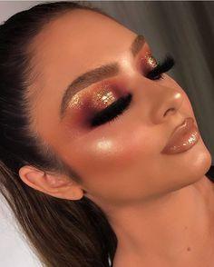 makeup looks natural Glam Makeup, Bright Eye Makeup, Makeup Eye Looks, Creative Makeup Looks, Cute Makeup, Makeup Inspo, Makeup Art, Makeup Inspiration, Hair Makeup