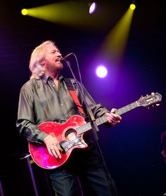 Barry Gibb Draws Bigger Crowd, Adds Auction Items to Diabetes Research Ball - Febrer de 2012