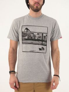 Jumped t-shirt for men by Vans.