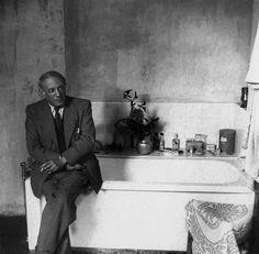 Pablo Picasso.  Photo by Cecil Beaton.