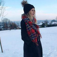 eddbe4402e4 Lydia Rose from Fashion Influx in her Amelia Jane London faux fur pom pom  hat.