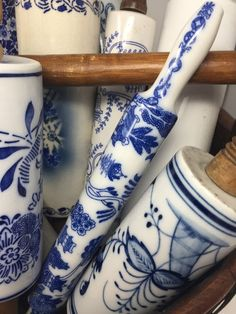 Vintage Blue Willow Copeland Spode Transferware Chinoiserie One Piece Rolling Pin, Hard to Find Blue Willow China, Blue And White China, Blue China, Love Blue, Blue Willow Decor, Blue And White One Piece, White Dishes, Blue Dishes, Blue Pottery