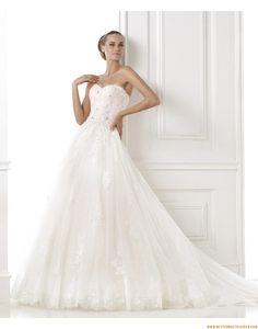 2015 A-linie Glamouröse Dramatische Brautkleider aus Softnetz mit Applikation