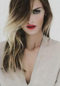 Tie & Dye, Sombré Hair, Ombré Hair, Splashlight : retour sur les TENDANCES capillaires - Confidentielles