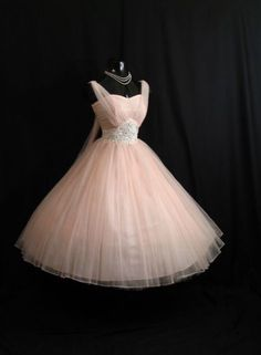 It's like a mini Cinderella dress