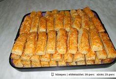 Sajtos stangli 4. - egyszerű, omlós Pastry Recipes, Cookie Recipes, 17 Kpop, Savory Pastry, Czech Recipes, Salty Snacks, Hungarian Recipes, Winter Food, Holiday Recipes