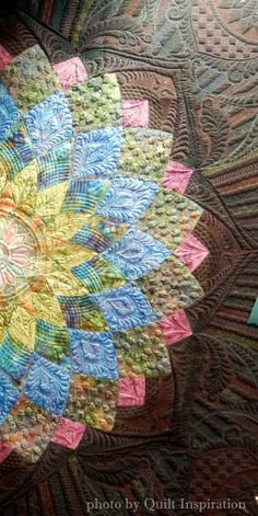 Midnight Dahlia by Elaine Putnam, quilted by Gina Perkes. Exemplary Machine Quilting. 2015 AZQG. closeup photo by Quilt Inspiration.