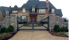 country wooden entry gates | Automatic Gate Systems - Driveway Gates - Security Gates