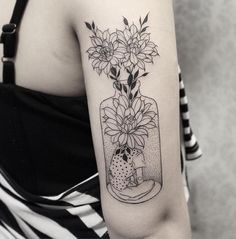 80 Most Beautiful Tattoo Designs for Women - TattooBlend Tattoo Sleeve Designs, Tattoo Designs For Women, Sleeve Tattoos, Tattoos For Women, Knuckle Tattoos, Head Tattoos, Body Art Tattoos, Unique Tattoos, Beautiful Tattoos