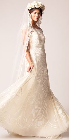 Swoon-Worthy Dresses From Bridal Fashion Week - Fall 2015 from #InStyle - Temperley London <3 They can do know wrong.
