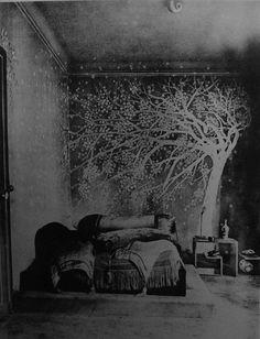 Tree mural -- 1924 bedroom by Paul Poiret Paul Poiret, Saatchi Gallery, Van Gogh Museum, Mary Cassatt, Magnum Photos, Henri Matisse, Claude Monet, Vincent Van Gogh, British Museum