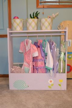 Dress up storage for the girls dress up clothes build it yourself dress up storage do it yourself home projects from ana white solutioingenieria Images