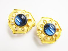 Vintage Blue Glass Cabochon Earrings Alfred by GrandVintageFinery