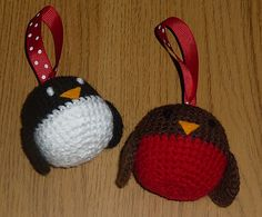Ravelry: Robin and Penguin Christmas Decorations pattern