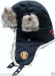 Manchester-United-Trapper-Hat-Thicker-Warmer-Hats-Official-Football-Gifts